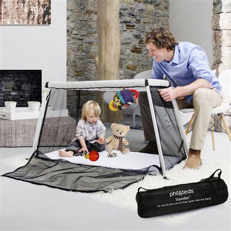 Traveller Travel Crib by Lightweight Traveller Portacot Phil Teds