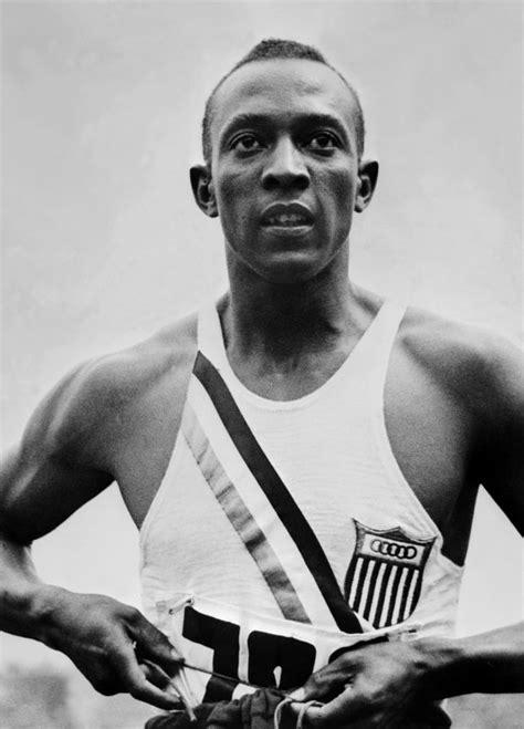 Jesse Owens - Athlete, Track and Field Athlete - Biography.com
