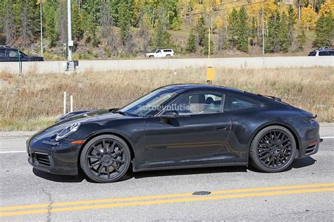 porsche hybrid 911 2019 porsche 911 flies on nurburgring while hybrid rumors