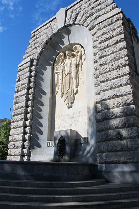 war memorial adelaidia