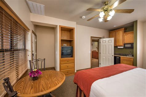 2 bedroom suites in branson mo two bedroom villa westgate branson woods resort in