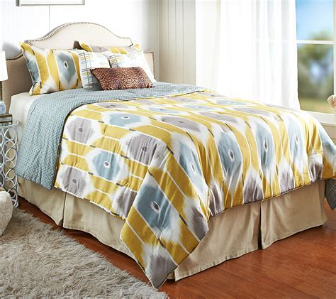 jonathan scott mattress how to tell property brothers jonathan and drew scott apart popsugar home