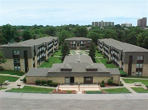 one bedroom apartments in des moines four seasons apartments des moines ia apartment finder