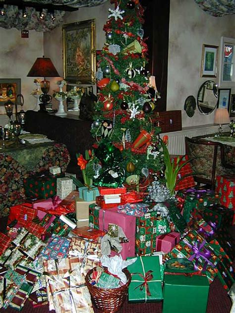images of christmas gifts under the tree discussion point what did you get for christmas the