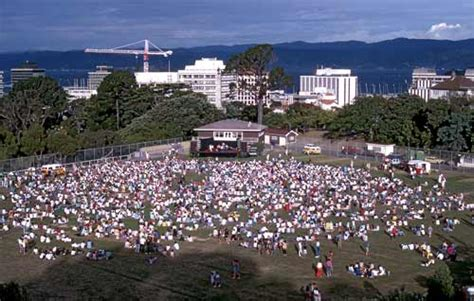 Botanic Garden Concert Botanic Garden Concert Wellington Region Te Ara Encyclopedia Of New Zealand