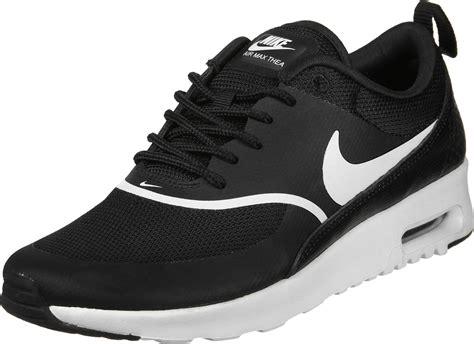 nike air max thea  chaussures noir blanc