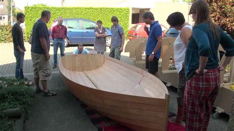zef zeilboot hans bouwt een boot omkeren youtube