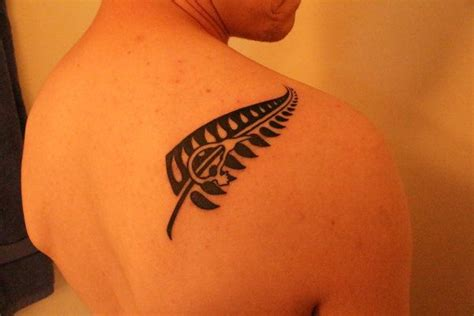 silver fern tattoo designs a i got in new zealand which represents the silver