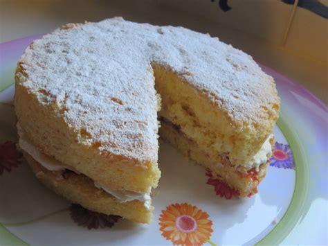 vanilla sponge cake recipe easy vanilla sponge cake recipe recipeyum