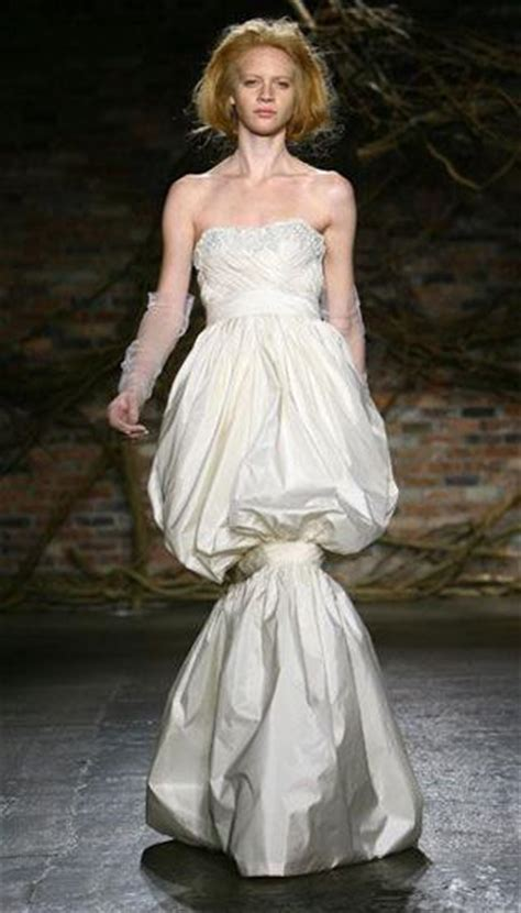 Pin Worst Wedding Dress on Pinterest