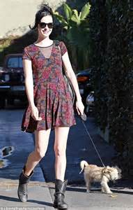 19 May 2016 News Archive Daily Mail Online | breaking bad star krysten ritter takes her pet pooch for a