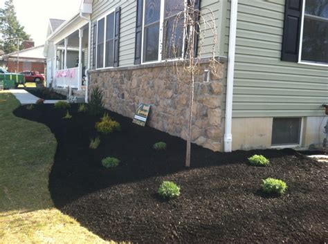Landscape Supply Yard Hanover Pa Simple Contrast Plantings Of Maintenance Free Landscape