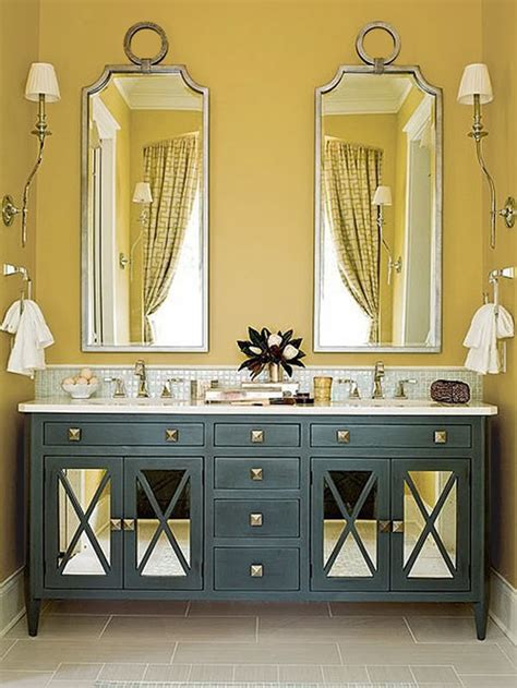 paint decor ideas for harvest gold bathroom