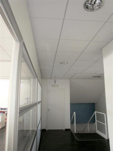 controsoffitti decorativi controsoffitti piani in lastre forate fonoassorbenti