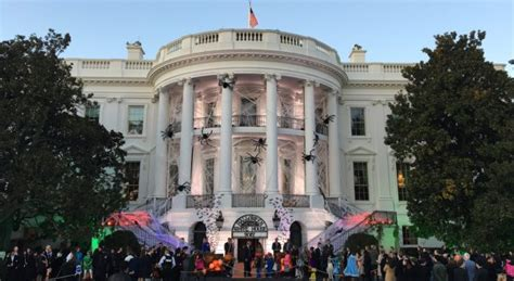 white house halloween a trick or treat halloween at the white house video the last refuge