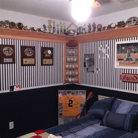 How To Build A Trophy Shelf by 25 Best Ideas About Trophy Shelf On Trophies
