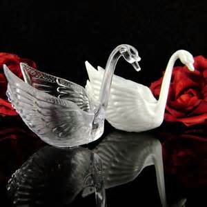 Swan Wedding Favors by Looking Clear Or White Cheap Swan Wedding Favors