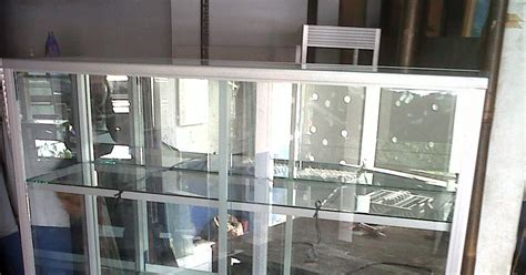design etalase aluminium rak piring jemuran lemari dll lemari piala