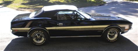 expired stunning black classic 72 ford mustang