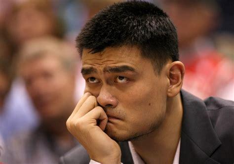 yao ming bench press bad luck overwhelms yao ming s career