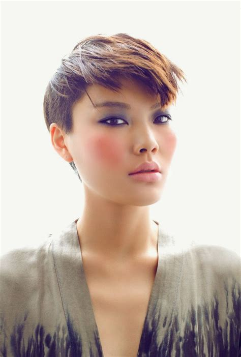 boyish haircuts on redheaded women with blunt front bangs 291 best short hair images on pinterest shorter hair