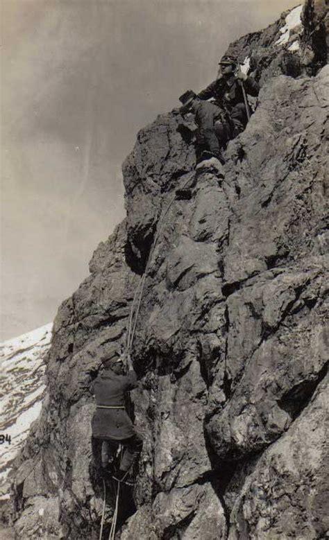 Mtpropaganda White world war feature articles mountain fury