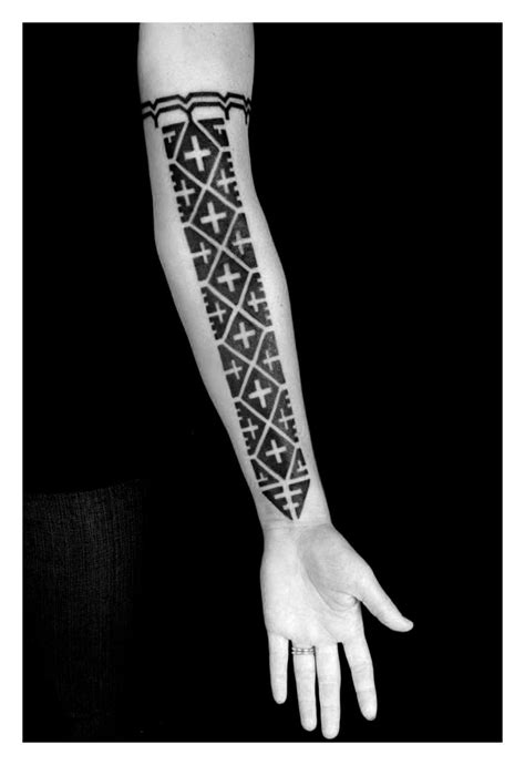tattoo blackwork designs traditional melanesian blackwork