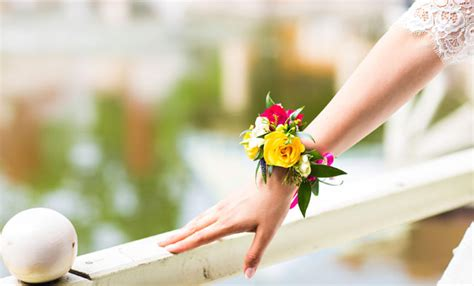 bouquet di fiori per sposa nozze 2017 il bouquet di tendenza tratto rosa