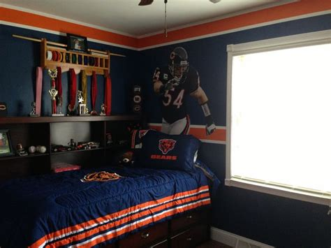 chicago bears bedroom 17 best images about cb room on pinterest football room