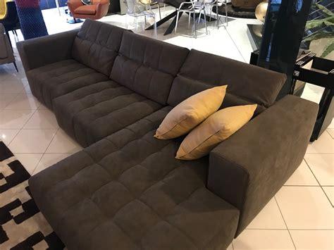 divani letto busnelli divano busnelli modello harvest in alcantara divani a