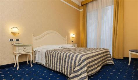 hotel con piscina termale interna ed esterna abano terme hotel 4 stelle con 2 piscine termali