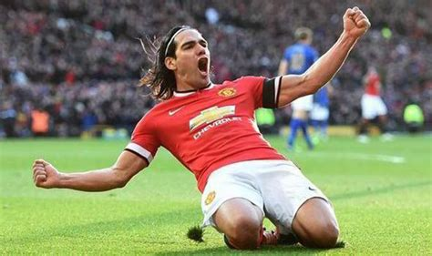 man utd bench teams van persie and rooney lead man utd line as falcao