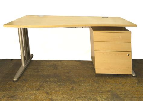 Uk Office Desks Second Desks Second Office Furniture Co