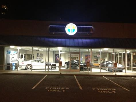 Closest Tesla Dealer Many Car Dealers Don T Want To Sell Electric Cars Here S Why