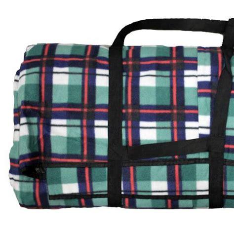 jumbo family sized picnic rug jumbo 3 x 4m picnic blanket green blue check patten