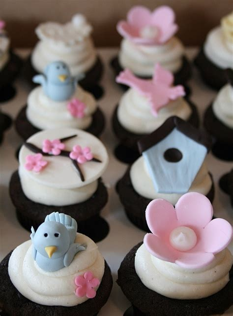 Bird Themed Baby Shower Cake by Bird Themed Baby Shower Cupcakes Cupcakes Cake Pops