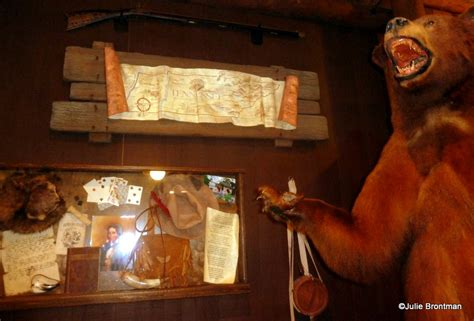 wilderness home decor guest review trail s end restaurant at disney s fort