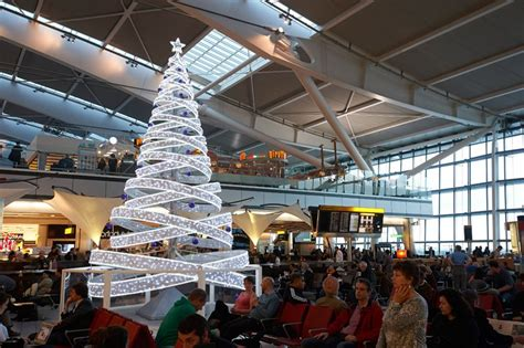 heathrow airport a very british christmas