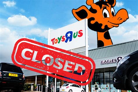 toys r us singapore new year opening hours toys r us in last ditch attempt to avoid closure daily