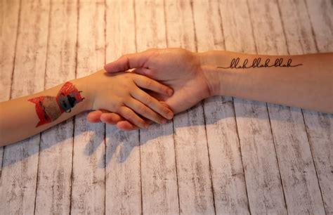 darf man mit henna tattoo beten entscheidung f 252 rs kleben sch 246 ne temporary tattoos