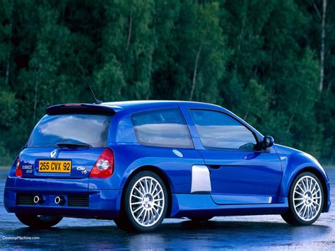 renault clio sport v6 renault clio v6 photos news reviews specs car listings