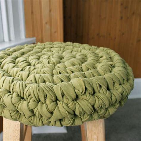 t shirt yarn cushion pattern 10 practical ways to use t shirt yarn mollie makes