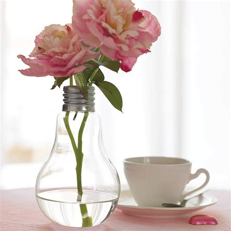 Lightbulb Bud Vase by Lightbulb Vase By Garden Trading