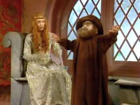 shelley duvall rumpelstiltskin faerie tale theatre rumpelstiltskin wants to boil them