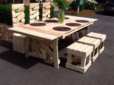 Patio Table From Pallets by Superb Patio Pallets Table With Chairs Pallet Ideas