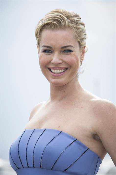 Pics Of Romijn by Romijn Posing For The Photocall Of The Librarians