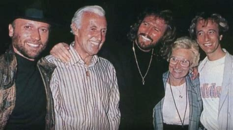 remind barbara gibb s moments the bee gees barry gibb composer singer last living gibb page 7