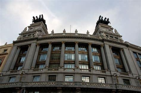 banco bilbao vizcaya argentaria zdjęcia banco bilbao vizcaya argentaria madryt calle
