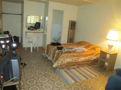 cheap motel rooms image gallery motel room interior