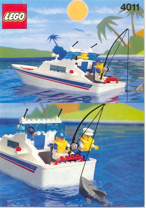 lego city yellow boat bricker lego minifigure boat007 boat worker torso